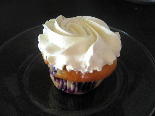Blueberry Lemon Cupcake