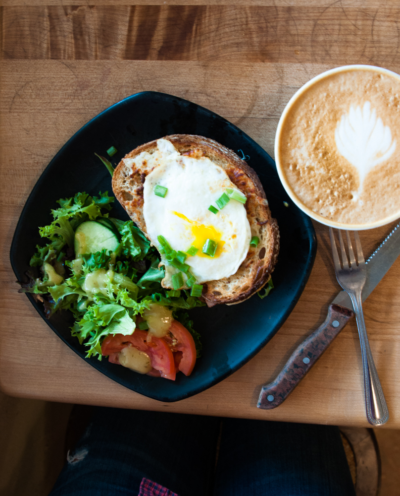 Where to Get Brunch in the Triangle - La Farm / Linda Eats World